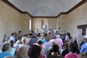 Visite Evêque aux Conches (1)