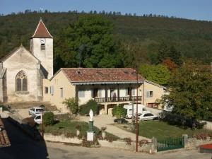 Le presbytère rénové à Drom