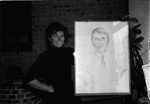 """Avec son exposition """"Un autre regard"""", Margaret STEEL excelle dans un autre style, en passant du pointillisme au crayon"""