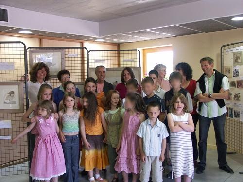 Six des huit derniers instituteurs de Drom sont présents au vernissage