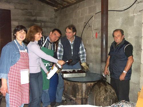L'association Patrimoine est dévalisée en moins de deux heures : les organisateurs n'ont même plus de saucisson à l'ancienne pour leur propre casse-croûte !
